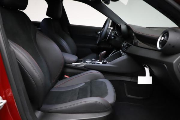 New 2021 Alfa Romeo Giulia Quadrifoglio for sale $83,740 at Alfa Romeo of Westport in Westport CT 06880 21