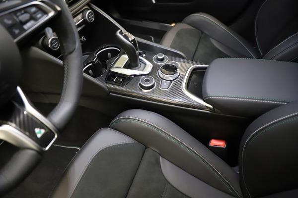 New 2021 Alfa Romeo Giulia Quadrifoglio for sale $83,200 at Alfa Romeo of Westport in Westport CT 06880 26