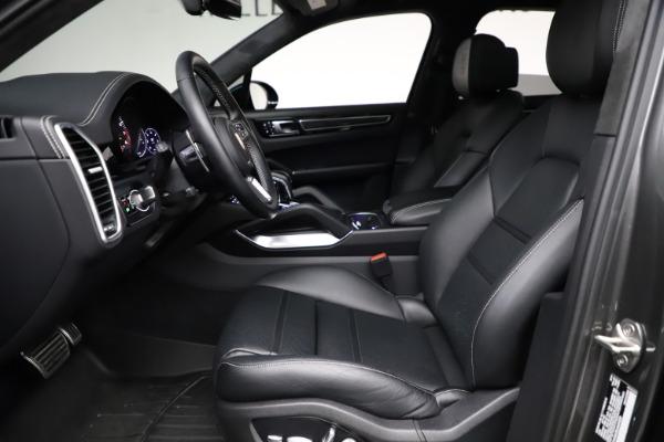 Used 2020 Porsche Cayenne Turbo for sale $145,900 at Alfa Romeo of Westport in Westport CT 06880 19