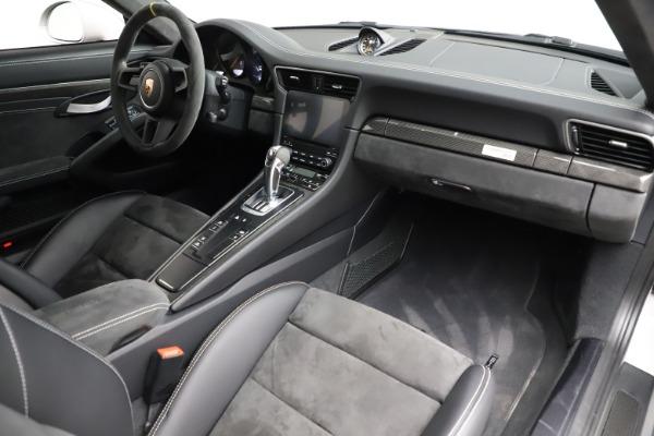 Used 2019 Porsche 911 GT3 RS for sale $249,900 at Alfa Romeo of Westport in Westport CT 06880 17