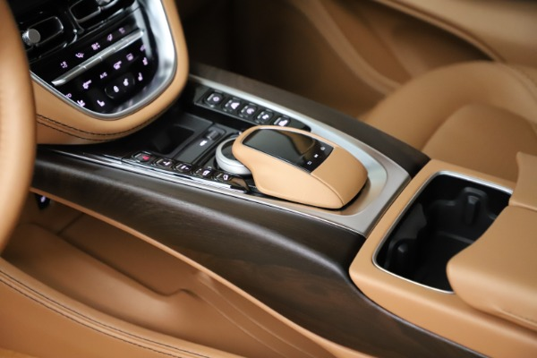 New 2021 Aston Martin DBX for sale $211,486 at Alfa Romeo of Westport in Westport CT 06880 17