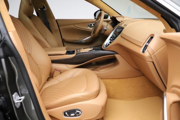 New 2021 Aston Martin DBX for sale $211,486 at Alfa Romeo of Westport in Westport CT 06880 23