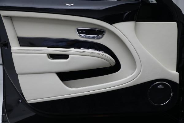 Used 2017 Bentley Mulsanne for sale $214,900 at Alfa Romeo of Westport in Westport CT 06880 16