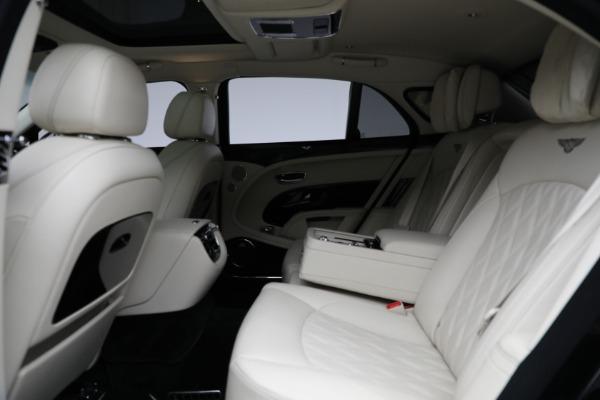 Used 2017 Bentley Mulsanne for sale $214,900 at Alfa Romeo of Westport in Westport CT 06880 23