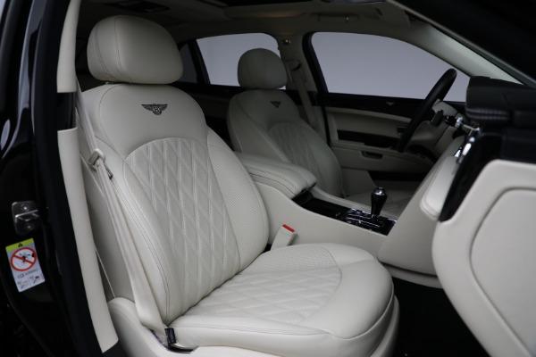 Used 2017 Bentley Mulsanne for sale $214,900 at Alfa Romeo of Westport in Westport CT 06880 27