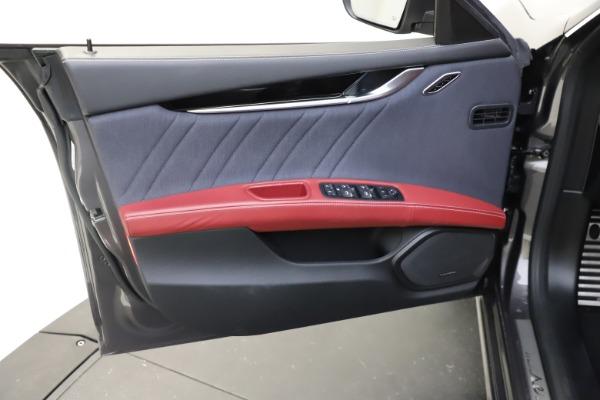 Used 2018 Maserati Ghibli SQ4 GranLusso for sale $55,900 at Alfa Romeo of Westport in Westport CT 06880 12