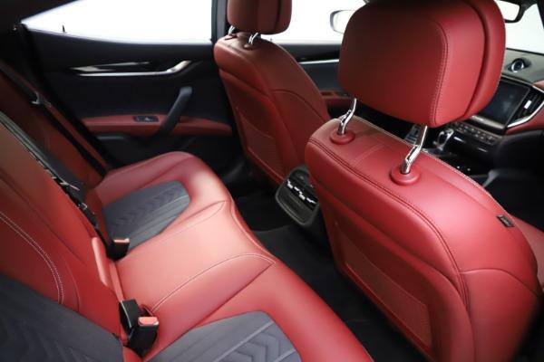 Used 2018 Maserati Ghibli SQ4 GranLusso for sale $55,900 at Alfa Romeo of Westport in Westport CT 06880 19