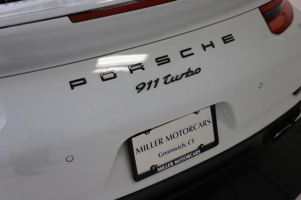 Used 2018 Porsche 911 Turbo for sale $159,990 at Alfa Romeo of Westport in Westport CT 06880 27
