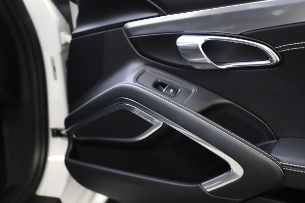 Used 2018 Porsche 911 Turbo for sale $159,990 at Alfa Romeo of Westport in Westport CT 06880 28