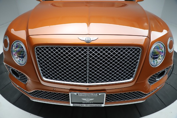 Used 2018 Bentley Bentayga Onyx Edition for sale $149,900 at Alfa Romeo of Westport in Westport CT 06880 13