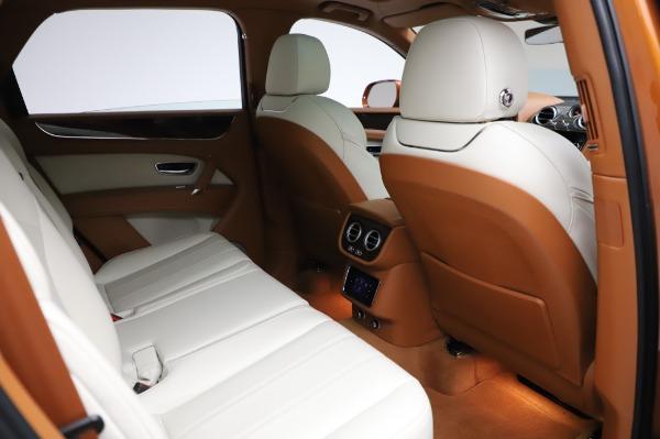 Used 2018 Bentley Bentayga Onyx Edition for sale $149,900 at Alfa Romeo of Westport in Westport CT 06880 28