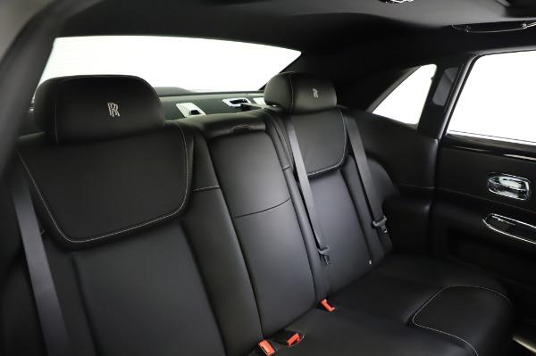 Used 2017 Rolls-Royce Ghost for sale $209,900 at Alfa Romeo of Westport in Westport CT 06880 25