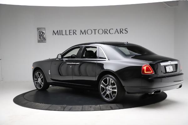 Used 2017 Rolls-Royce Ghost for sale $209,900 at Alfa Romeo of Westport in Westport CT 06880 7