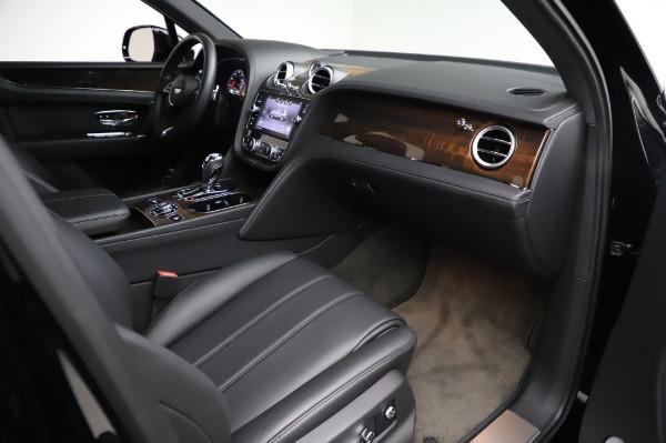 Used 2018 Bentley Bentayga Onyx Edition for sale $146,900 at Alfa Romeo of Westport in Westport CT 06880 25