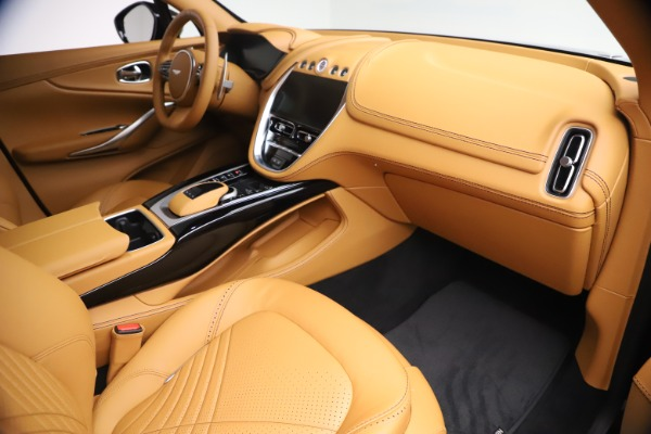 New 2021 Aston Martin DBX for sale $207,886 at Alfa Romeo of Westport in Westport CT 06880 19