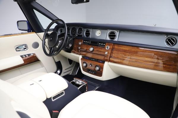 Used 2009 Rolls-Royce Phantom Drophead Coupe for sale $219,900 at Alfa Romeo of Westport in Westport CT 06880 24