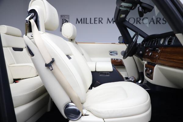 Used 2009 Rolls-Royce Phantom Drophead Coupe for sale $219,900 at Alfa Romeo of Westport in Westport CT 06880 25
