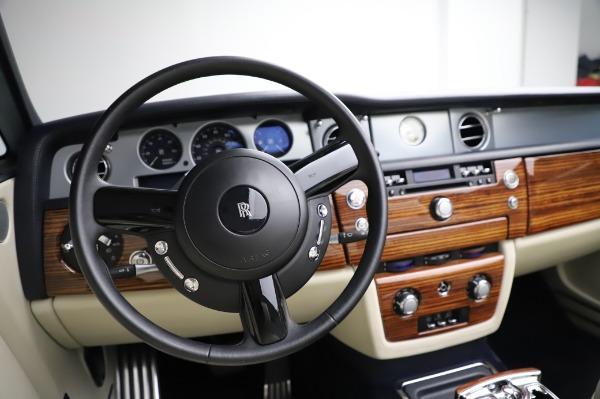 Used 2009 Rolls-Royce Phantom Drophead Coupe for sale $219,900 at Alfa Romeo of Westport in Westport CT 06880 27