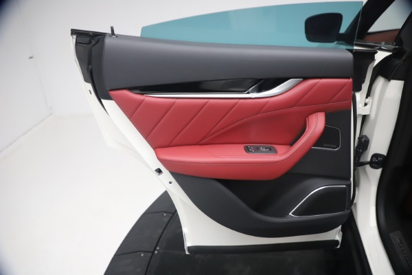 New 2021 Maserati Levante Q4 GranSport for sale $92,485 at Alfa Romeo of Westport in Westport CT 06880 20