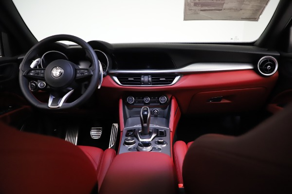 New 2021 Alfa Romeo Stelvio Ti Sport Q4 for sale $56,240 at Alfa Romeo of Westport in Westport CT 06880 16