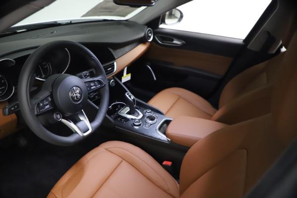 New 2021 Alfa Romeo Giulia Q4 for sale $48,535 at Alfa Romeo of Westport in Westport CT 06880 14