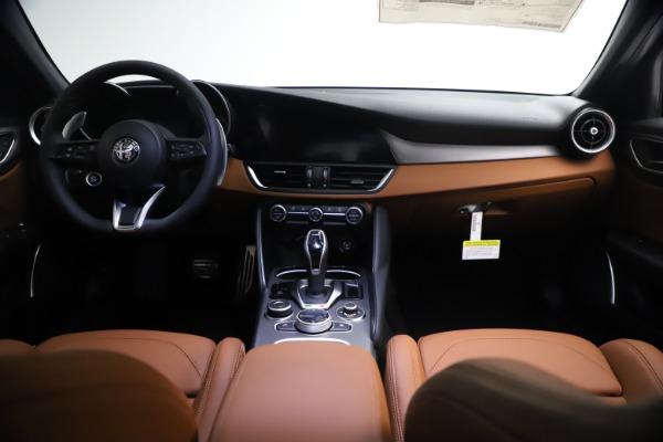 New 2021 Alfa Romeo Giulia Ti Sport Q4 for sale $54,050 at Alfa Romeo of Westport in Westport CT 06880 16