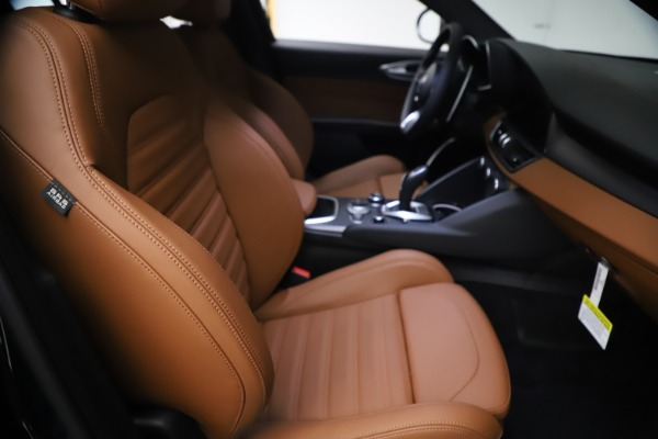 New 2021 Alfa Romeo Giulia Ti Sport Q4 for sale $54,050 at Alfa Romeo of Westport in Westport CT 06880 23