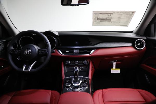New 2021 Alfa Romeo Stelvio Q4 for sale $50,445 at Alfa Romeo of Westport in Westport CT 06880 15