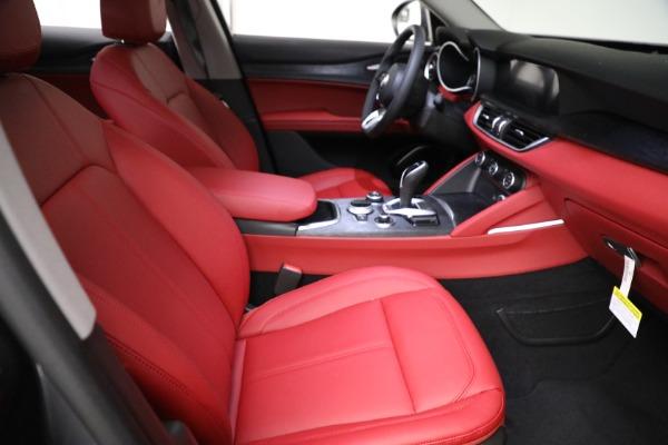 New 2021 Alfa Romeo Stelvio Q4 for sale $50,445 at Alfa Romeo of Westport in Westport CT 06880 20