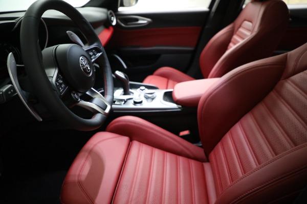 New 2021 Alfa Romeo Giulia Ti Sport Q4 for sale $54,050 at Alfa Romeo of Westport in Westport CT 06880 14