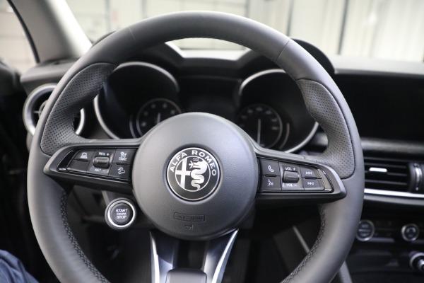 New 2021 Alfa Romeo Stelvio Q4 for sale $50,445 at Alfa Romeo of Westport in Westport CT 06880 17
