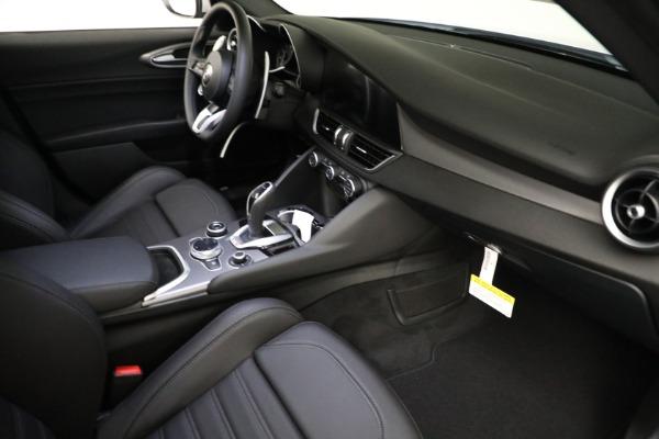 New 2021 Alfa Romeo Giulia Ti Sport Q4 for sale $53,050 at Alfa Romeo of Westport in Westport CT 06880 17