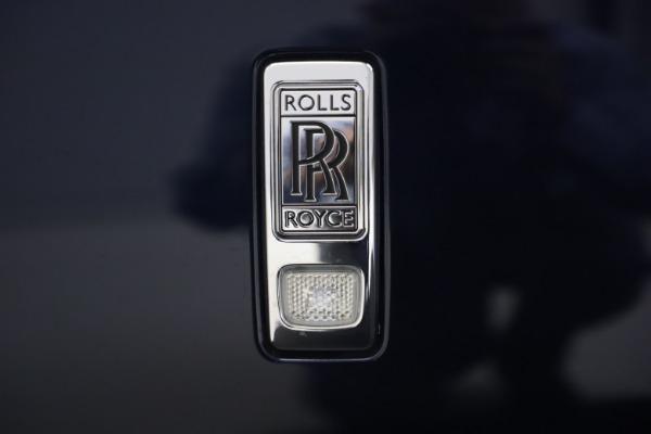 Used 2016 Rolls-Royce Dawn for sale $269,900 at Alfa Romeo of Westport in Westport CT 06880 26