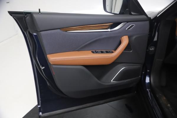 New 2021 Maserati Levante Q4 GranLusso for sale $93,385 at Alfa Romeo of Westport in Westport CT 06880 16