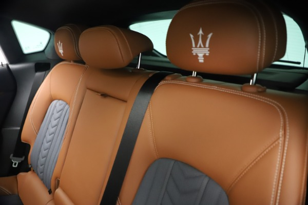 New 2021 Maserati Levante Q4 GranLusso for sale $93,385 at Alfa Romeo of Westport in Westport CT 06880 19