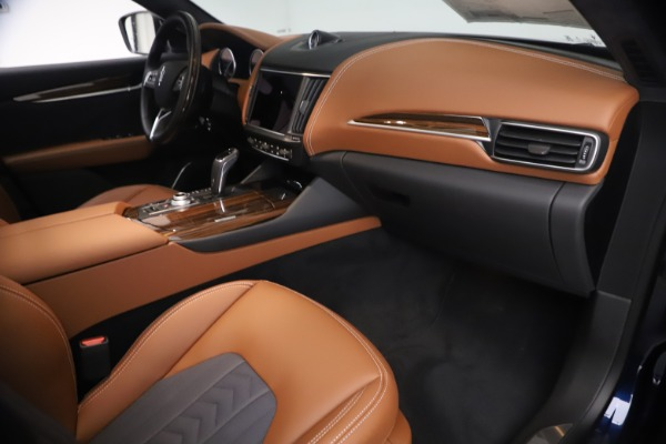 New 2021 Maserati Levante Q4 GranLusso for sale $93,385 at Alfa Romeo of Westport in Westport CT 06880 21