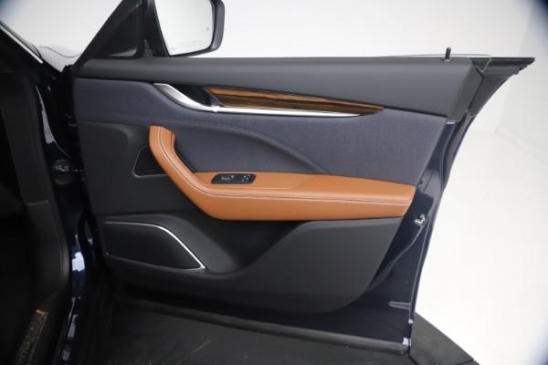New 2021 Maserati Levante Q4 GranLusso for sale $93,385 at Alfa Romeo of Westport in Westport CT 06880 23