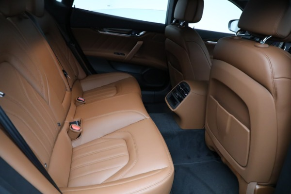 New 2021 Maserati Quattroporte S Q4 GranLusso for sale $125,149 at Alfa Romeo of Westport in Westport CT 06880 27