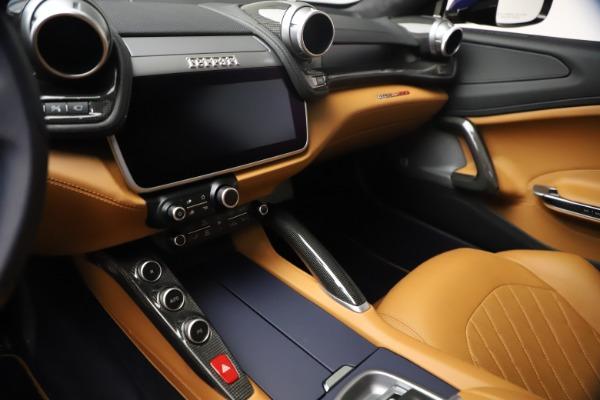 Used 2018 Ferrari GTC4Lusso for sale $289,900 at Alfa Romeo of Westport in Westport CT 06880 16