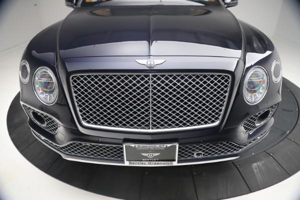Used 2018 Bentley Bentayga W12 Signature for sale $149,900 at Alfa Romeo of Westport in Westport CT 06880 13