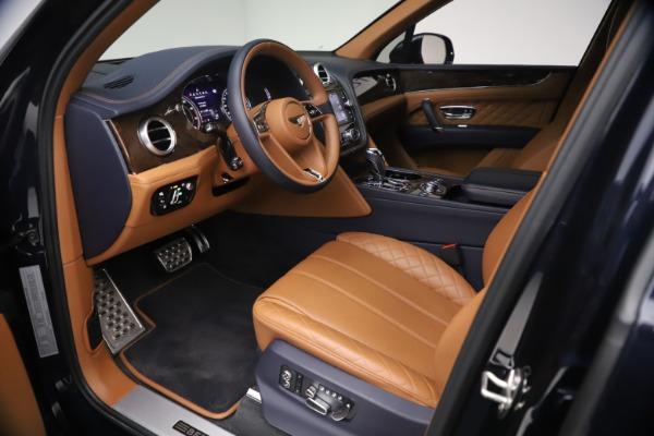 Used 2018 Bentley Bentayga W12 Signature for sale $149,900 at Alfa Romeo of Westport in Westport CT 06880 17