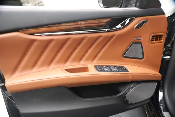 New 2021 Maserati Quattroporte S Q4 GranLusso for sale $129,135 at Alfa Romeo of Westport in Westport CT 06880 16