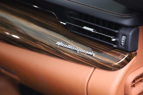 New 2021 Maserati Quattroporte S Q4 GranLusso for sale $129,135 at Alfa Romeo of Westport in Westport CT 06880 21
