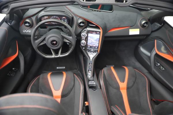 New 2021 McLaren 720S Spider for sale $366,670 at Alfa Romeo of Westport in Westport CT 06880 25