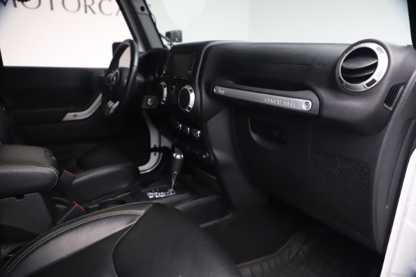 Used 2015 Jeep Wrangler Unlimited Rubicon Hard Rock for sale $39,900 at Alfa Romeo of Westport in Westport CT 06880 27