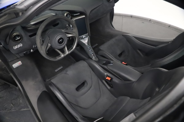 Used 2020 McLaren 720S Performance for sale $329,900 at Alfa Romeo of Westport in Westport CT 06880 26