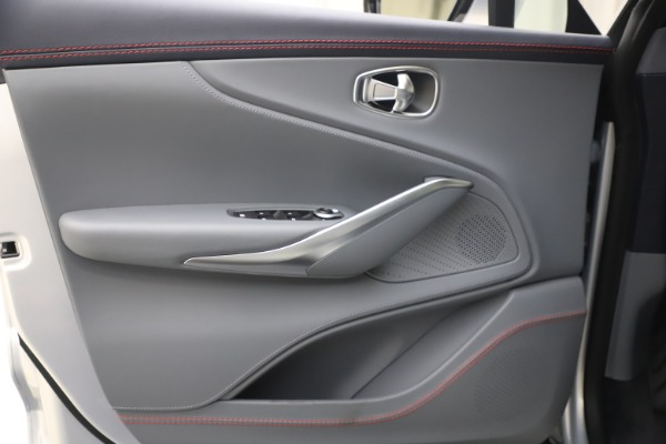 New 2021 Aston Martin DBX for sale $210,786 at Alfa Romeo of Westport in Westport CT 06880 15