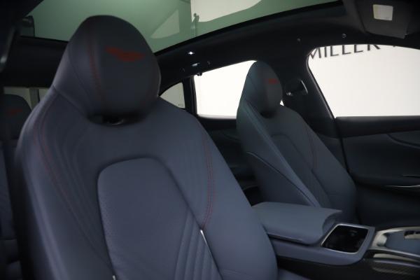 New 2021 Aston Martin DBX for sale $210,786 at Alfa Romeo of Westport in Westport CT 06880 21