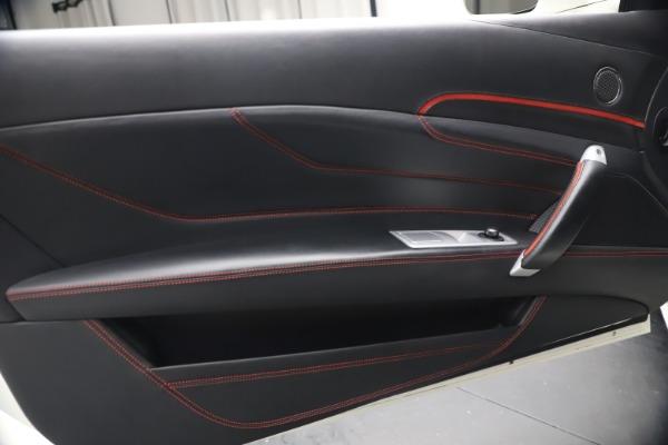 Used 2015 Ferrari FF for sale $159,900 at Alfa Romeo of Westport in Westport CT 06880 17