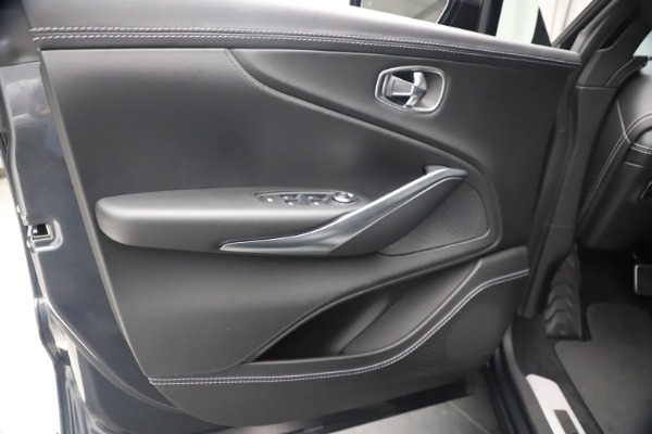 New 2021 Aston Martin DBX for sale $208,786 at Alfa Romeo of Westport in Westport CT 06880 16